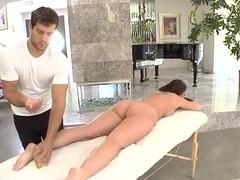 Kelly's Divine huge ass gets a nice hot massage