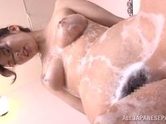 Yui Hatano busty Asian milf enjoys her sexy bath time