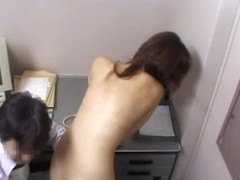 Japanese floozy got shagged by a horny security guard