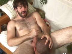 MenOver30 Video: Bead Work