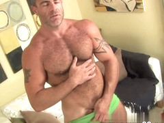 MenOver30 Video: Sin & Bear It