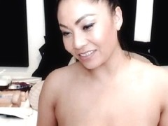 Busty Japanese Babe Loves to Show off on Cam
