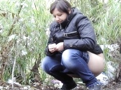 Girls Pissing voyeur video 295