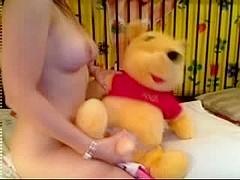 Hawt bunny puts on sexy webcam show