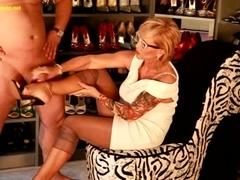 Lady barbara older footjob