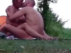 amateur couple sex on nude beach