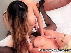 Alura Jenson in Luv with Venus Lux
