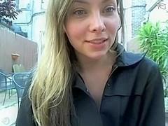 Coffeehouse amateur cam girl