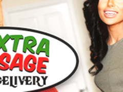 Exxxtra Sausage Pizza Delivery featuring Naomi Woods - NaughtyAmericaVR