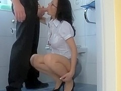Secretary fucked in the crapper