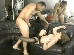 Skanky Babe Gets Pumped By Black Dude