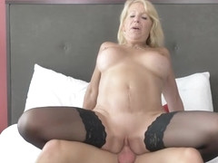 Shaved mature blowjob and cumshot