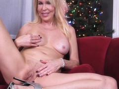 Erica Lauren in Happy Horny Xmas - PornstarPlatinum
