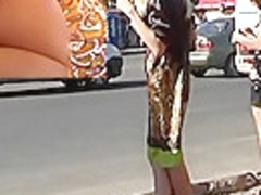 Bimbo flashing real street upskirt