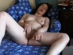 immature Brunettes Rubs Her Unshaved Cunt