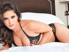 Sunny Leone in Black Silk Video