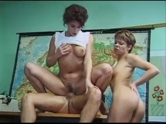 Judith and Jessica Classroom Group-Sex