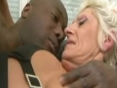 French Anal-Granny in BBC-Interracial